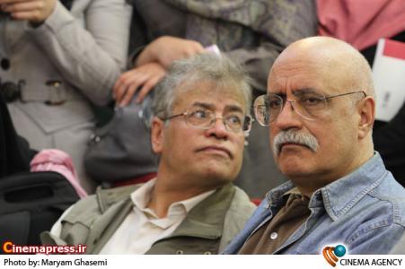 حضور هوشنگ گلمکانی منتقد سینما در نشست فیلم جدایی نادر از سیمین در فرهنگسرای رسانه