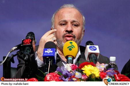 احمد میرعلایی مدیر عامل بنیاد سینمایی فارابی در نشست رسانه ای