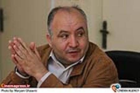 حمید آخوندی تهیه کننده روز سوم