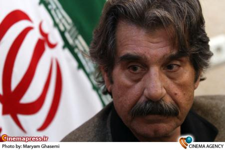 عزت اله مهرآوران در نشست سریال مسیر انحرافی در فرهنگسرای رسانه