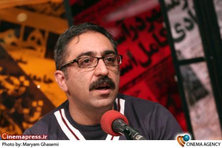 شهرام شکیبا در سرای روزنامه نگاران در هجدهمین نمایشگاه مطبوعات و خبرگزاری ها