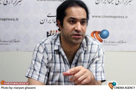 افشین هاشمی در نشست  فیلم سینمایی آزمایشگاه در خبرگزاری سینمای ایران