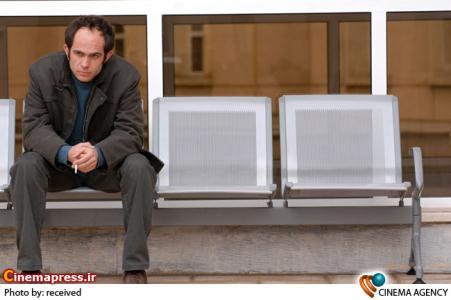 بابک حمیدیان در فیلم سینمایی «پنهان»به کارگردانی مهدی رحمانی