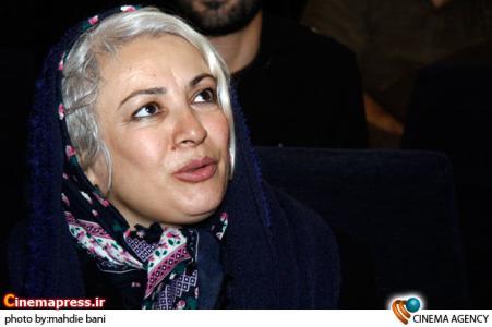 فرحناز منافی ظاهر در نشست فیلم درخشش به کارگردانی نادر طریقت در فرهنگسرای فردوس